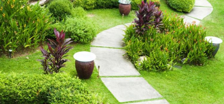 Make Your Garden More Welcoming With Natural Stone Pathways